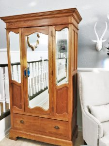 armoire_living room